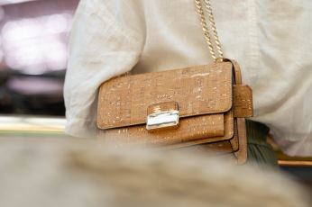 EMILIE: Natural & Gold Medium Crossbody